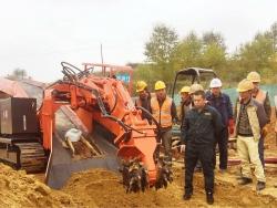 铣挖扒渣一体机,履带式铣挖机